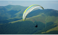 Vuelo en parapente + video y fotos para 1, 2, 4 o 6 personas - Groupon