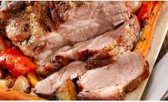 Desde $859 por pernil de cerdo para 20 o 40 personas + delivery en Sabor Kitchen Catering And Eventos  - Groupon