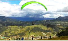 Parapente + video + seguro para 1, 2 o 4 personas - Groupon