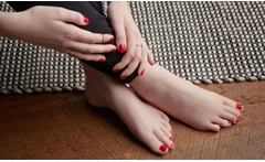 Spa de manos o pies + manicure y/o pedicure desde $8.900 - Groupon