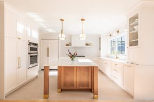 kitchen cabinets in Kits