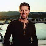 Josh Turner at Lane County Fair 2019