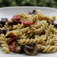 Sun-Dried Tomato and Pesto Pasta Salad