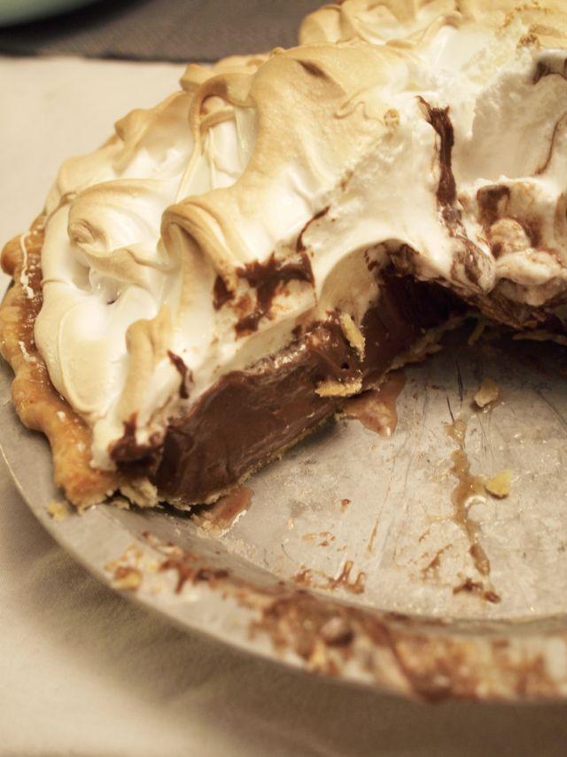 Chocolate Meringue Pie - Recipe #22010 - Foodgeeks