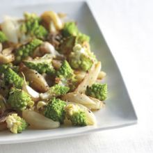 Cavolfiore Arrosto con Finnochio  --  Roasted Cauliflower with Fennel and Onion