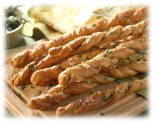 Crusty Garlic Twists
