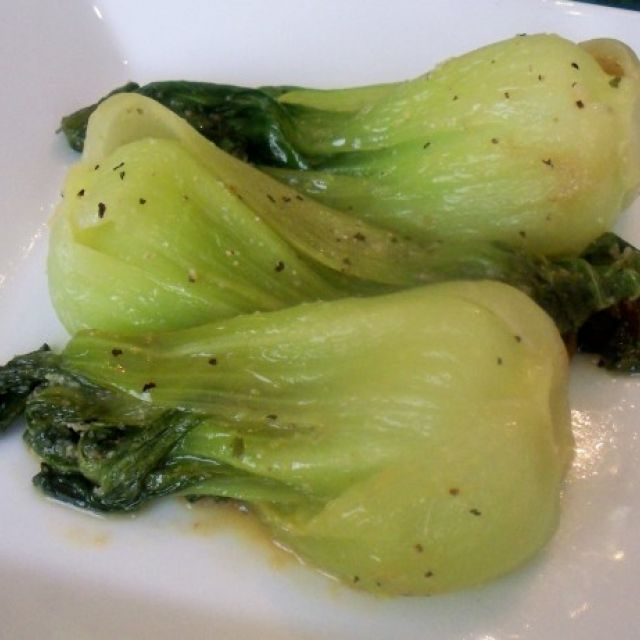 Baby Bok Choy with Garlic