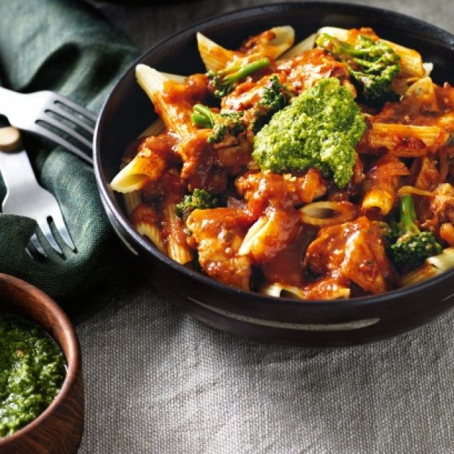 Chili Chicken with Pasta and Basil Pesto