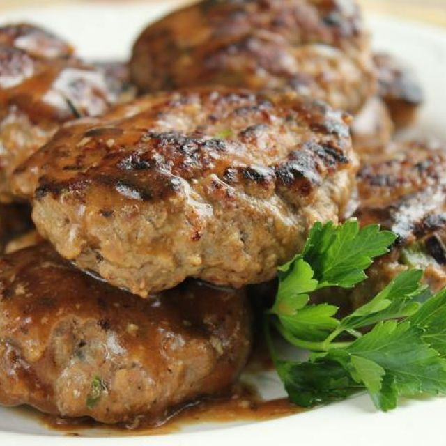 "Hamburgers with Brown Gravy (Total Comfort Food Aka ""meat Cakes"""