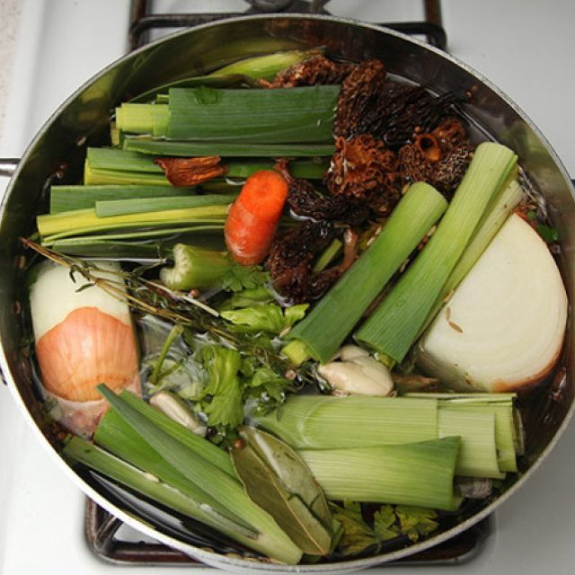 Hearty Vegetable Stock (Vegan)