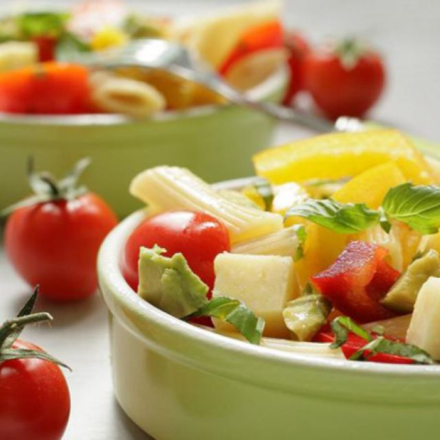 Hearty Vegetarian Pasta Salad