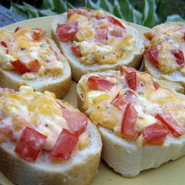 Joanne's Creamy Bruschetta