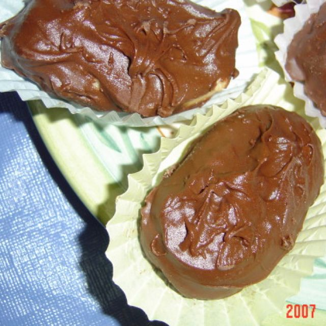 Linda's Peanut Butter Easter Eggs
