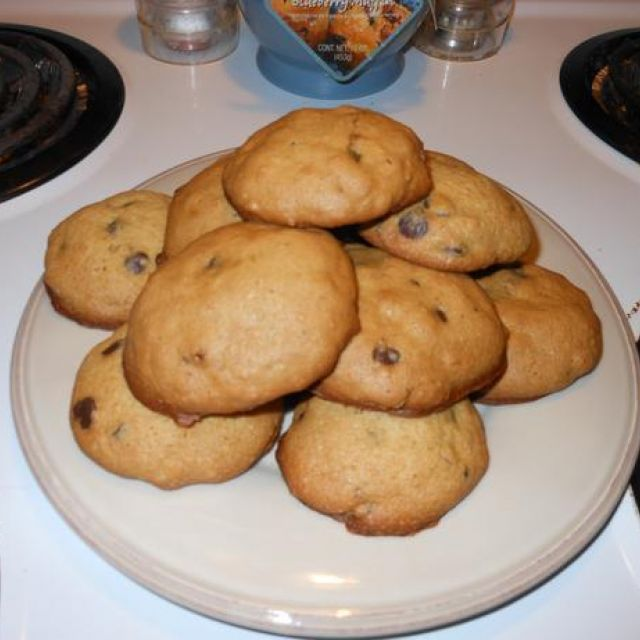 Low Sugar Chocolate Chip Cookies
