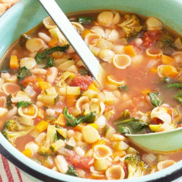 Minestrone Soup with Tomato and Basil