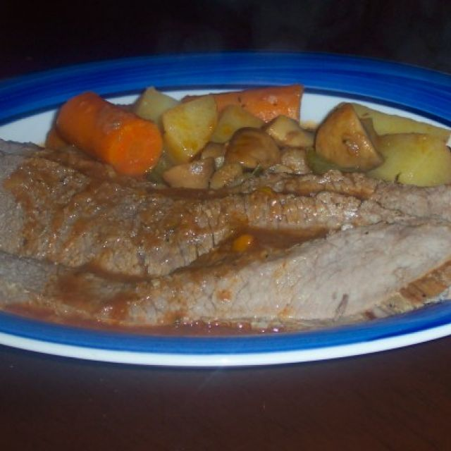 Oven-Roasted Pot Roast with Vegetables