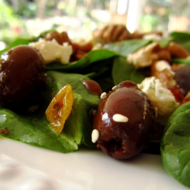 Spinach Salad with Pepper Jelly Vinaigrette