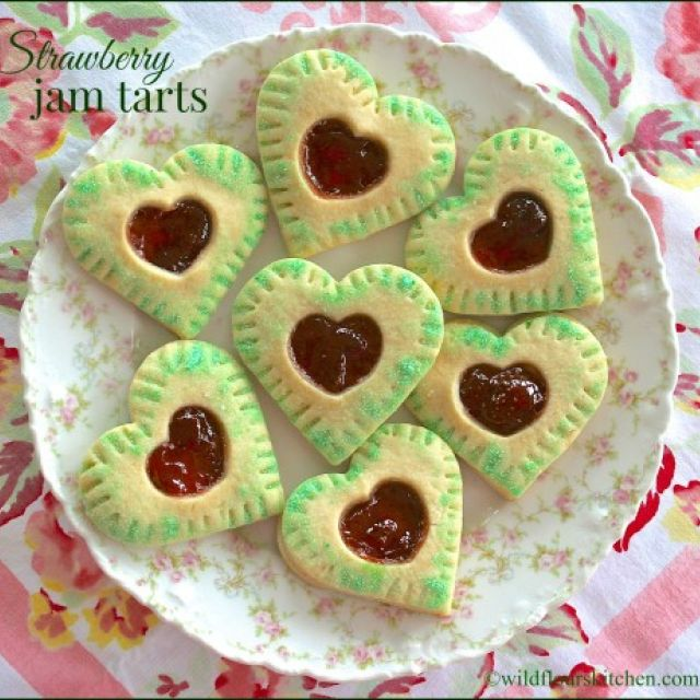Strawberry Jam Tarts (Cookies)