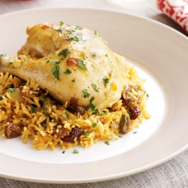 Chicken with Rice, Raisins and Pistachio