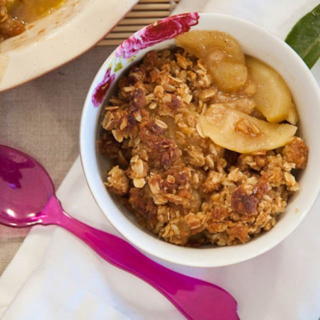 Classic Apple Crisp for Thanksgiving