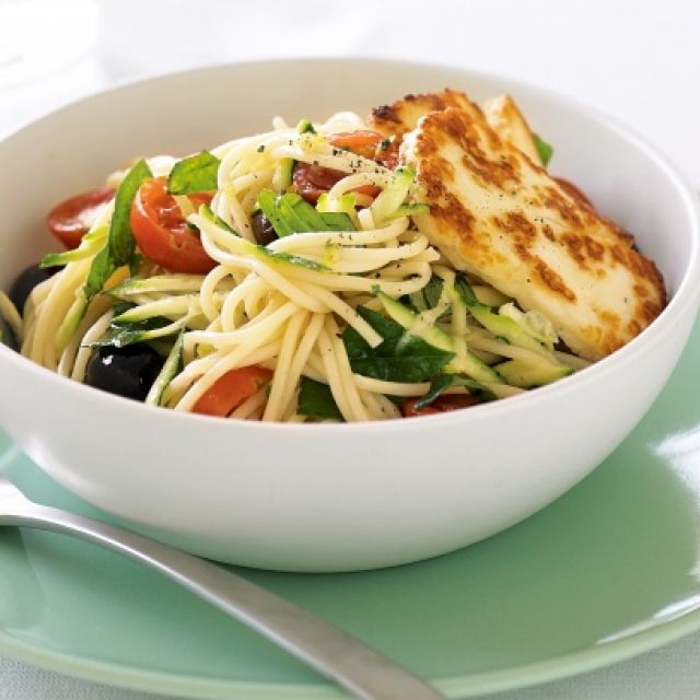 Pasta Salad with Halloumi and Lemon