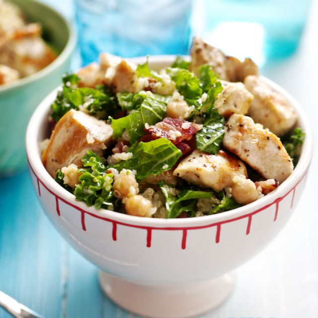 Quinoa Salad with Kale, Chicken, Chickpeas and Bacon
