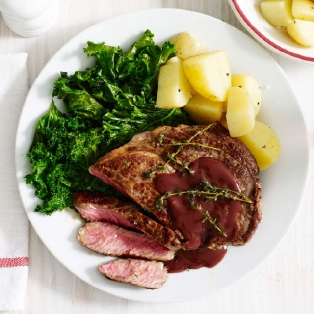 Steak with Red Wine Gravy and Wilted Kale