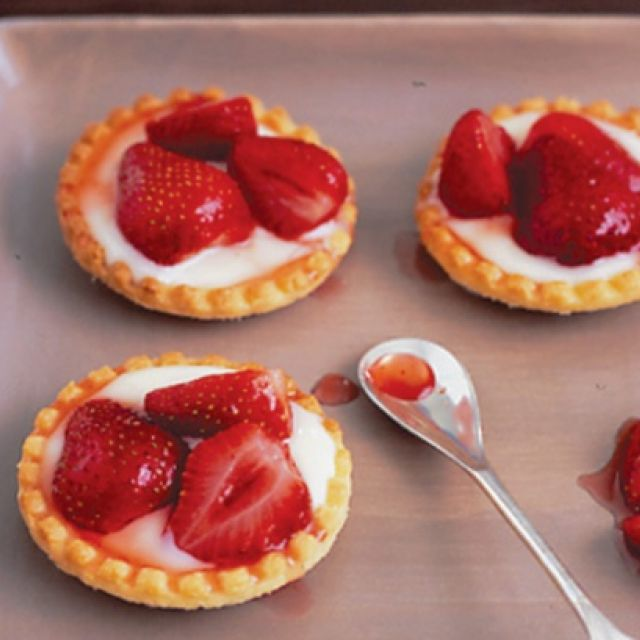 Warm Strawberry Tarts