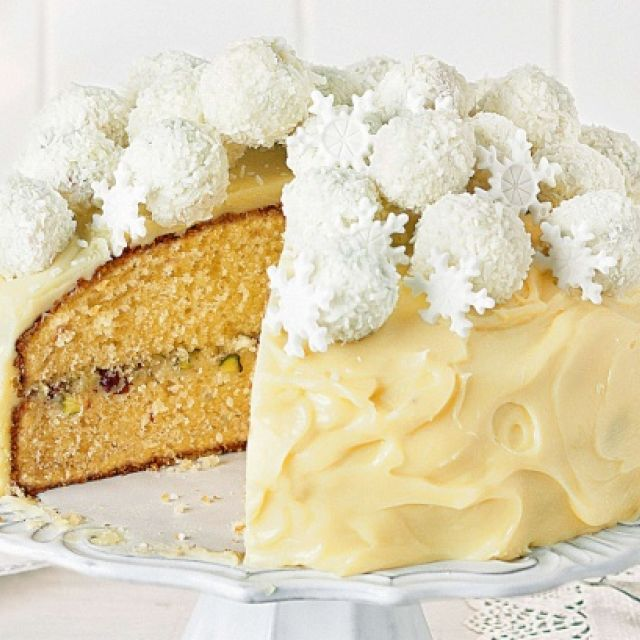 White Christmas Truffle Mud Cake