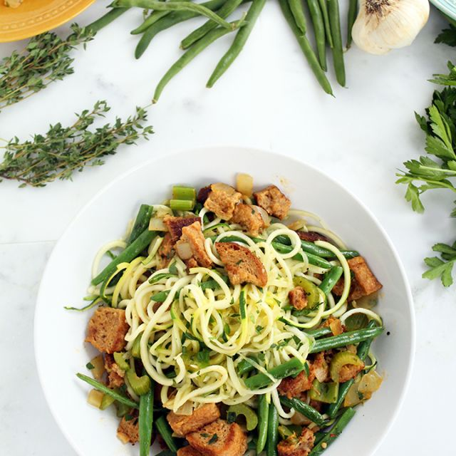"""""""leftovers"""" Zucchini Pasta (Featuring Garlic Green Beans and Vegan Whole Wheat Stuffing)"""