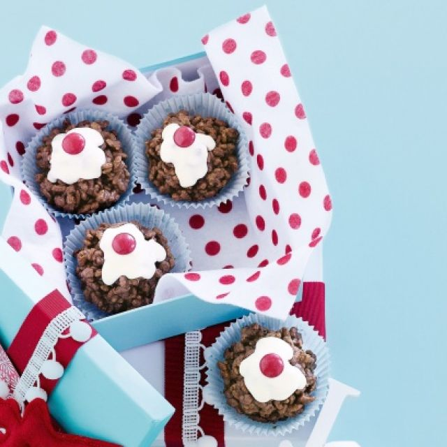 Christmas Crackle Puddings