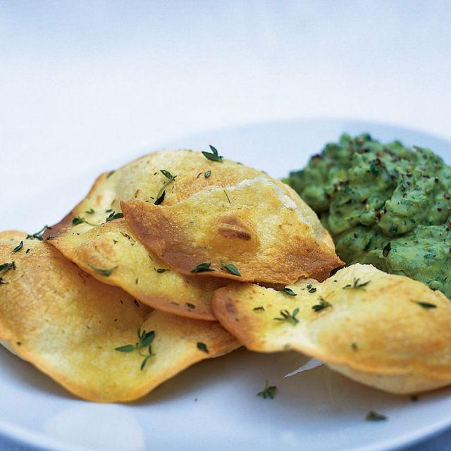 Crispy Tortillas with Guacamole