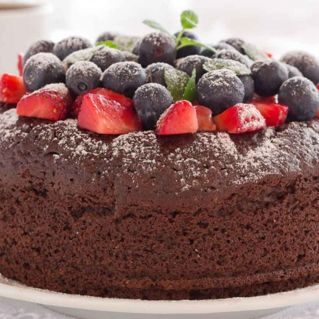 Easy Chocolate Cake  (With Eggless and Vegan Option)