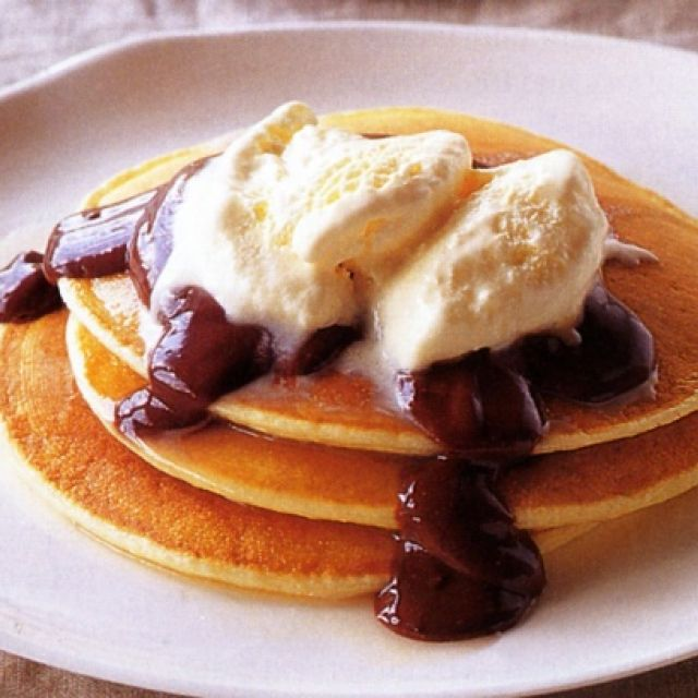 Pancakes with Chocolate Sauce and Frangelico Ice-Cream