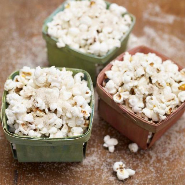 Spiced Sugar and Christmas Popcorn
