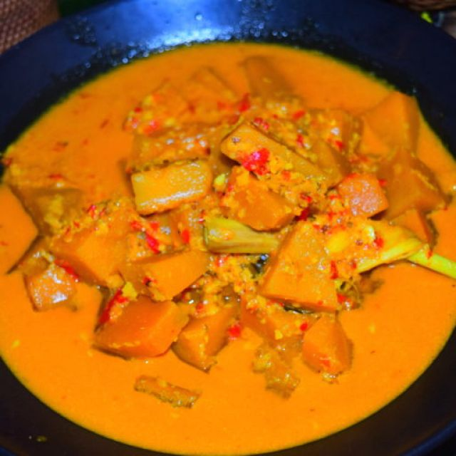 Balinese Pumpkin Curry (Kare Waluh)