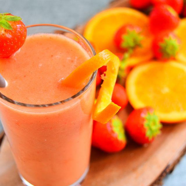 Strawberry, Orange & Banana Frappe