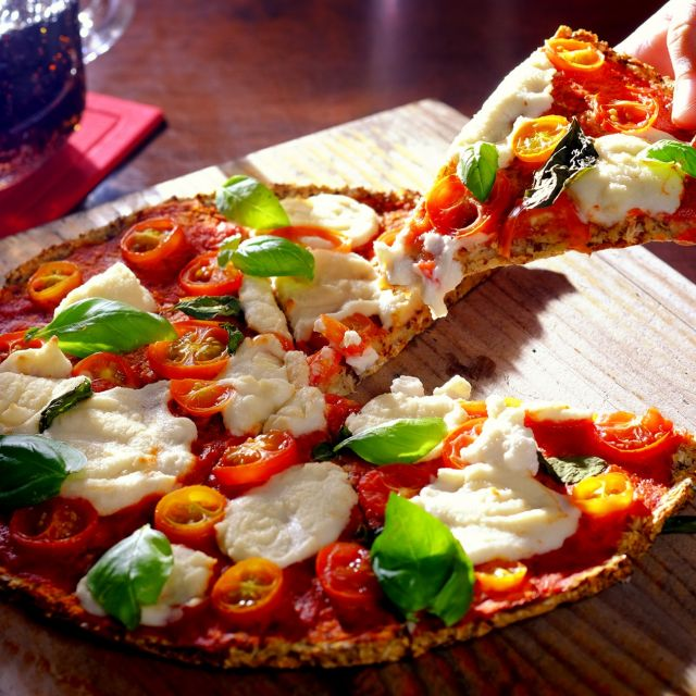 Vegan Pizza Margherita