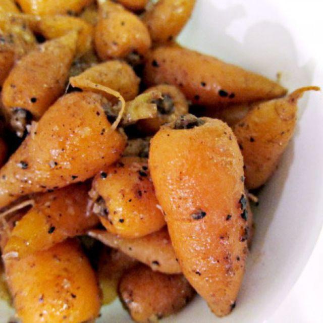 Quatre Épices Glazed Carrots