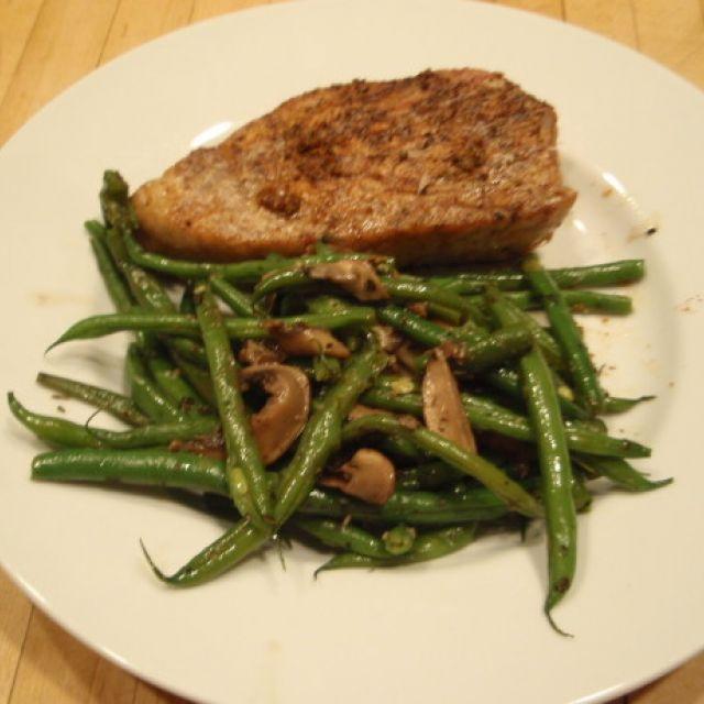 Seared Ahi (Barbecue Tuna Steaks)
