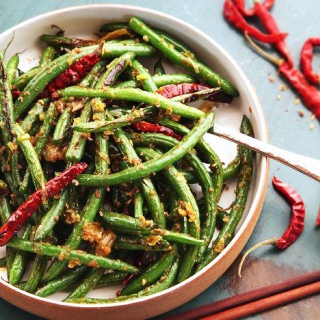 Easy Szechuan Dry-Fried Green Beans (Gan Bian Si Ji Dou) without a Wok