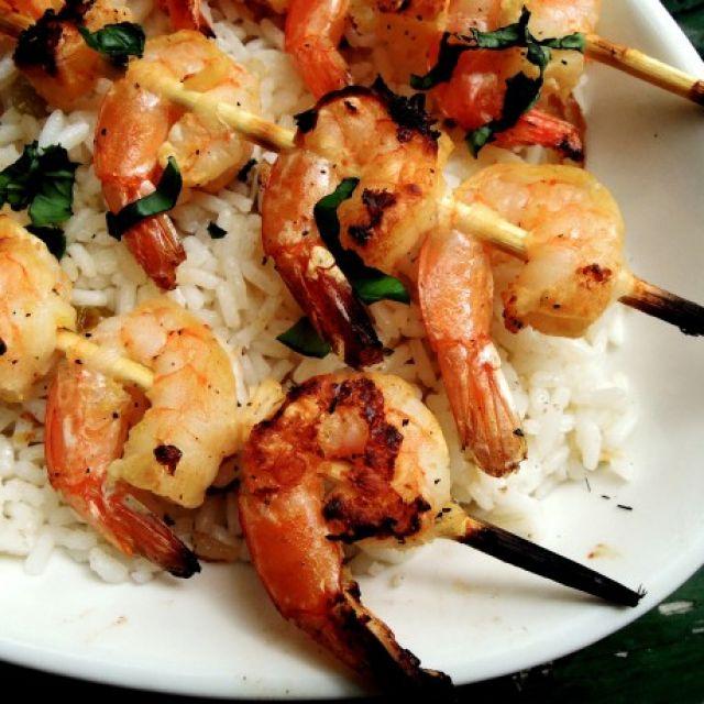 Lemon, Garlic and Basil Shrimp Skewers