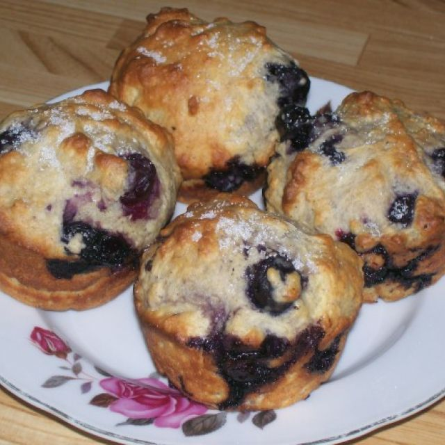 Fat-Free, Sugar-Free and Cholesterol-Free Blueberry Muffins!