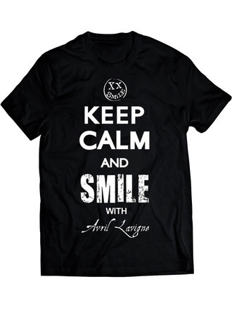 Avril Lavigne Keep Calm Smile (Camiseta e BabyLook)