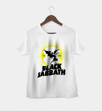 Camiseta Feminina Black Sabbath