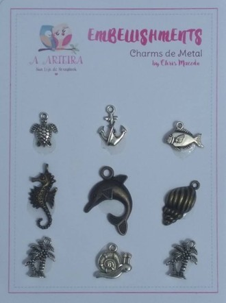 CHARMS DE METAL A ARTEIRA - BY CHRIS MACEDO - MAR