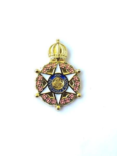 cc232f88b2 Pin Ordem da Rosa - Von Regium