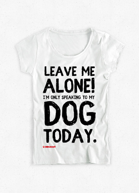 Camiseta Feminina Leave Me Alone!
