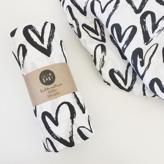 Fralda de pano estampada BLACK HEARTS