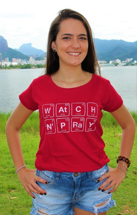 Camiseta Watch N´ Pray vermelha